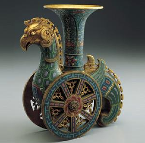A Heavenly Rooster, a Qing-dynsaty filigree enamel wine cup. From the Palace Museum, Taipei.