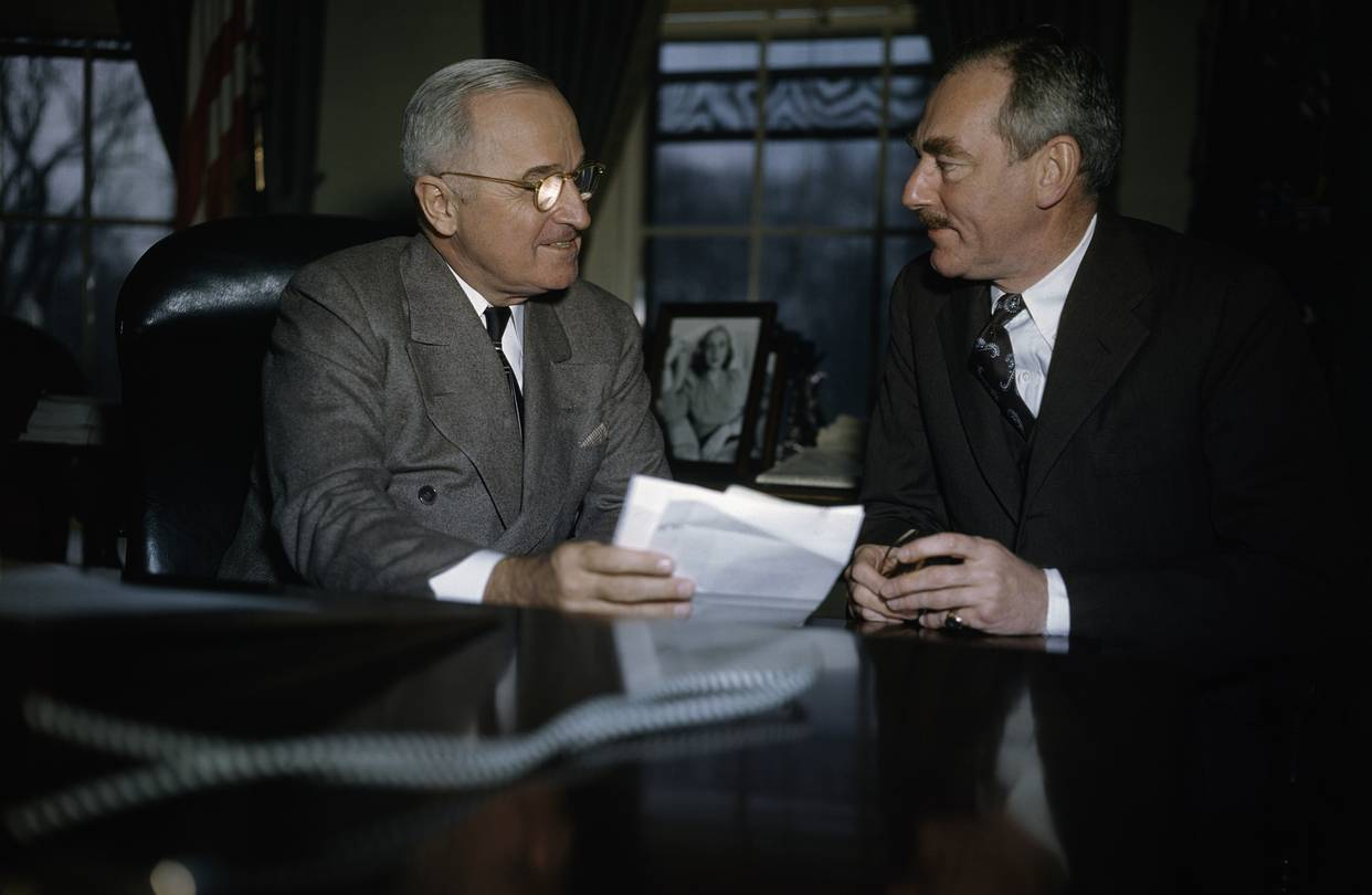 harry s truman essay Read this essay on truman and atomic bombs you are to take a side and then write an editorial on harry s truman's decision to order the dropping of the atom bomb.